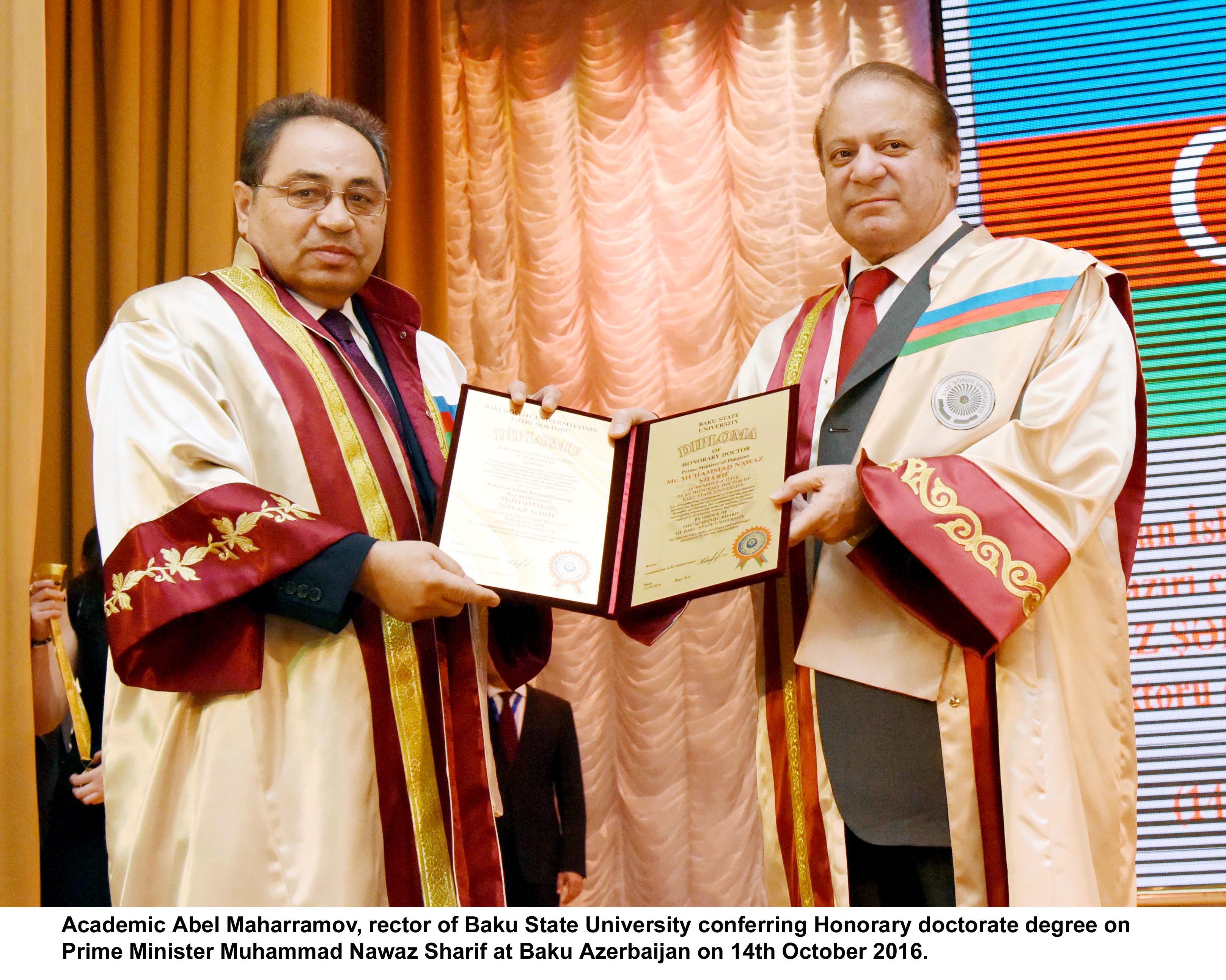 Academic Abel Maharramov, rector of Baku State University conferring Honorary doctorate degree on Prime Minister Muhammad Nawaz Sharif at Baku Azerbaijan on 14th October 2016.