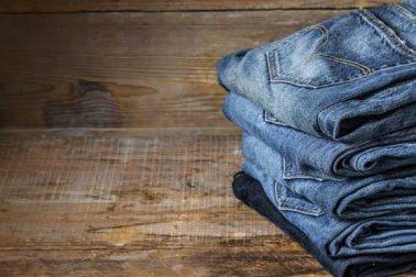 جینز کا رنگ زیادہ تر نیلا ہی