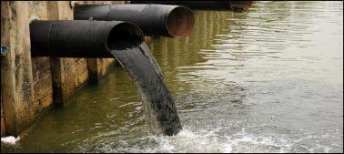 پاکستان میں آلودہ پانی