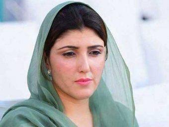 عائشہ گلالئی کا